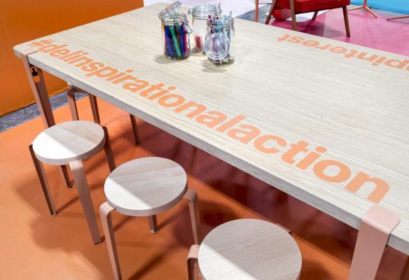 Label Experience : table centrale DIY dans l'espace tendance du stand Pinterest au salon Création & Savoir-faire