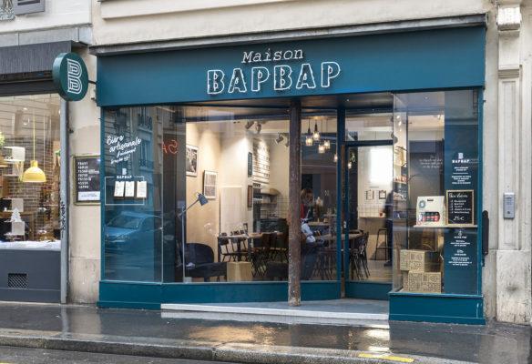 Label Experience: Façade extérieure du bar « BAP BAP » à Paris
