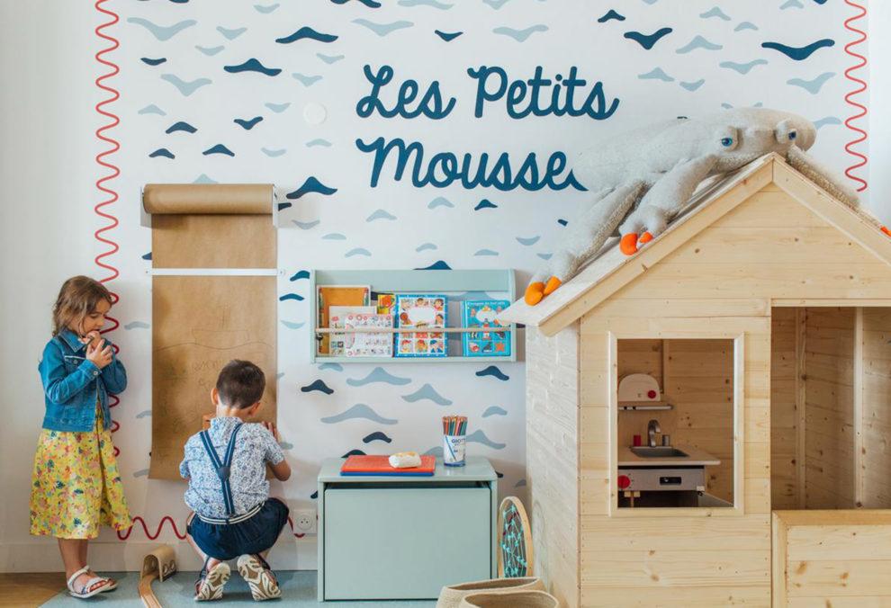 Label Experience : des enfants qui dessinent dans l'espace pour les petits au Pierre & Vacances au Crotoy