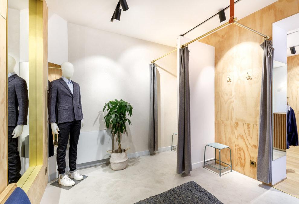 Label Experience: Cabines d'essayage de la boutique « Bonne Gueule » à Paris.
