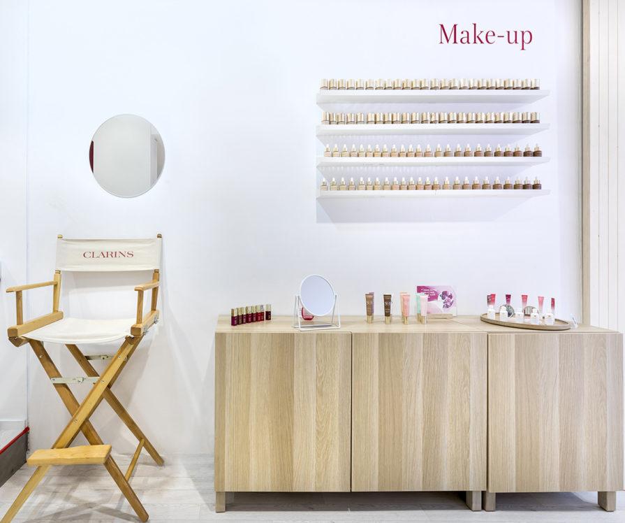 Label Experience : focus sur l'espace make-up dans le pop-up Clarins Lab à Paris