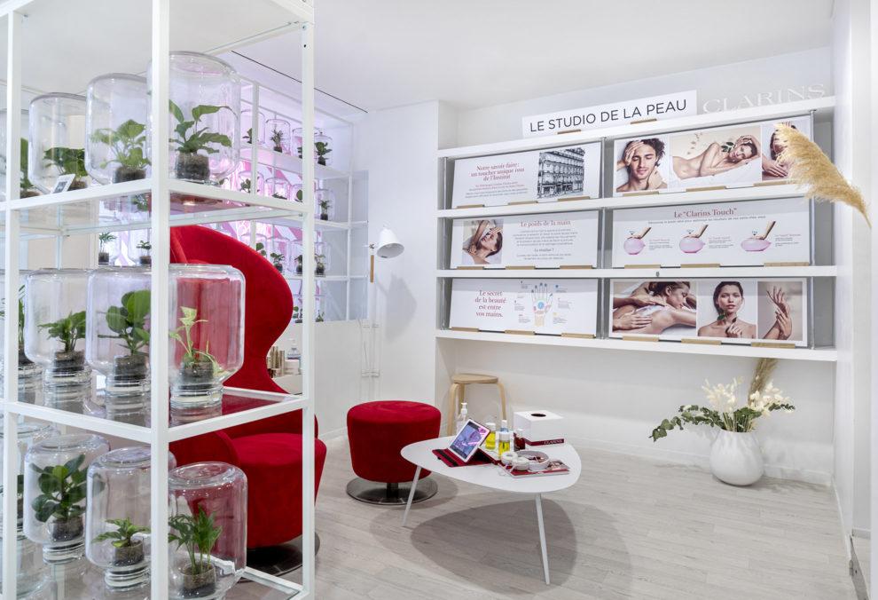 Label Experience : immersion dans l'espace studio du pop-up store Clarins Lab à Paris