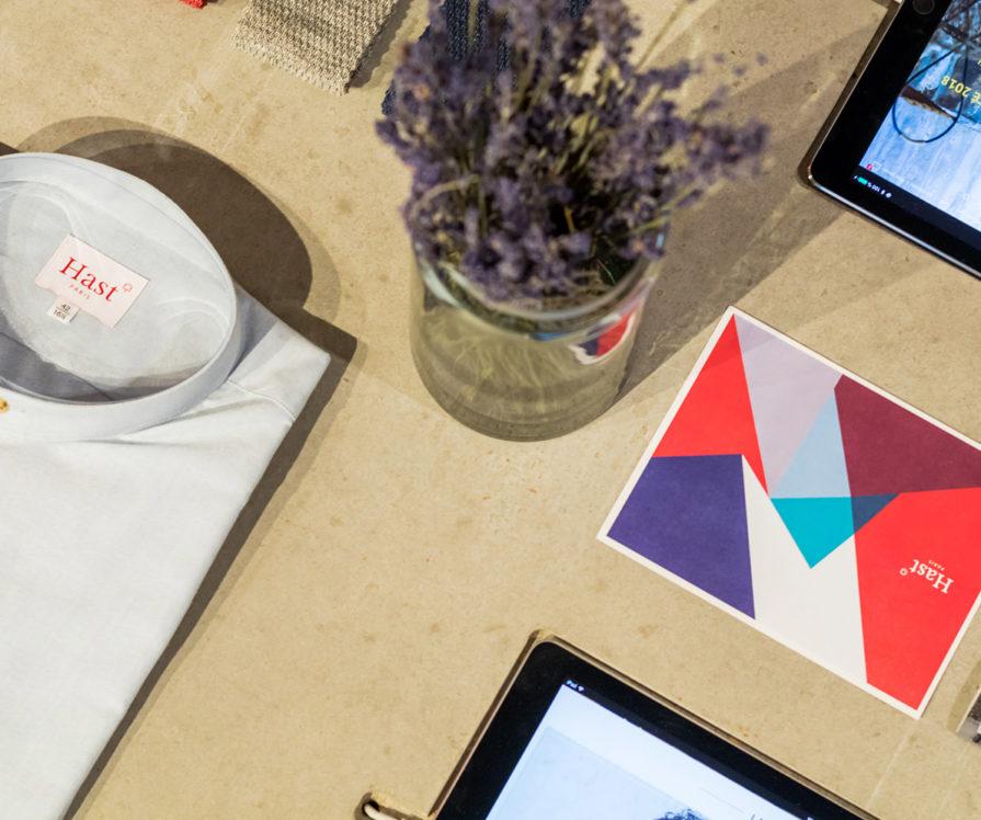 Label Experience: Focus sur exposition d'accessoires et objets de la boutique « Hast » rue d'Aboukir à Paris.