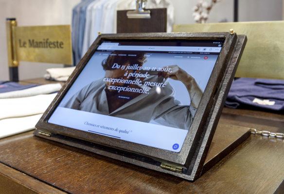 Label Expérience: Matériel digital dans la boutique « Hast » aux Batignolles.