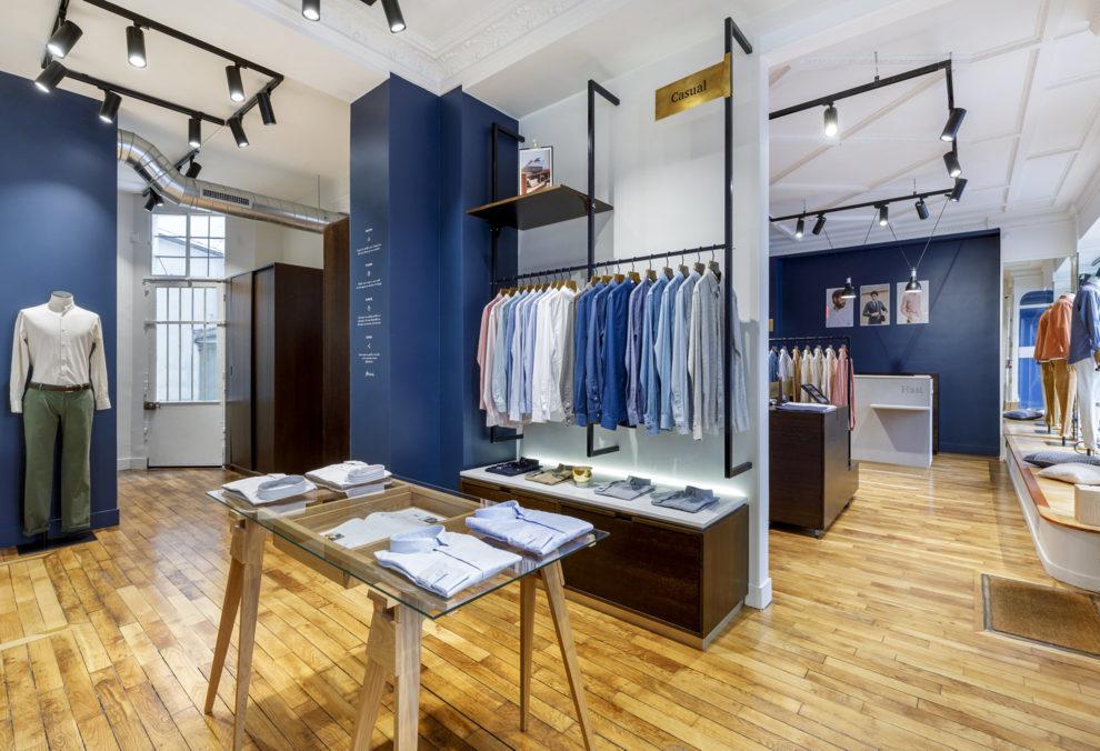 Label Experience: Vue intérieure du centre de la boutique « Hast » aux Batignolles.