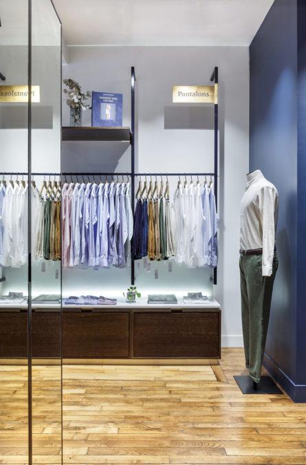 Label Experience: Vue intérieure d'un côté de la boutique « Hast » aux Batignolles.