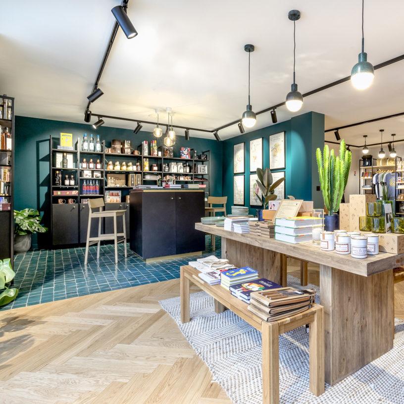 Label Experience : espace bar dans la boutique Les Raffineurs à Bastille