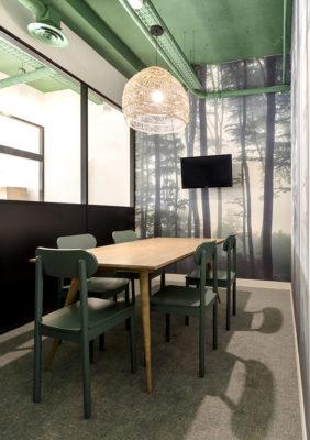 Label Experience: Salle de réunion de l'espace coworking « Morning » Monceau à Paris.