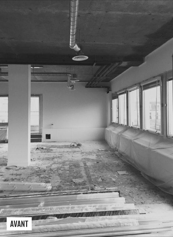 Label Experience: Image en noir et blanc du chantier avant l'espace coworking « Morning » Monceau à Paris.