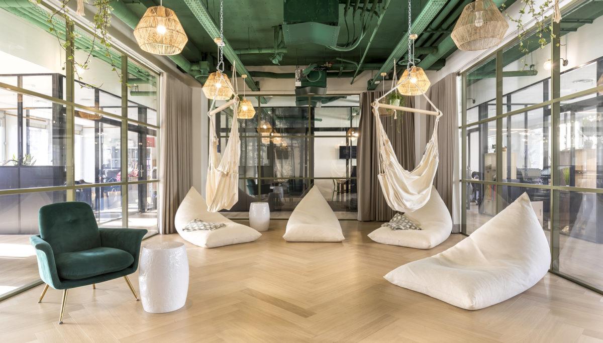 Label Experience: Salle de sieste et relaxation de l'espace coworking « Morning » Monceau à Paris.