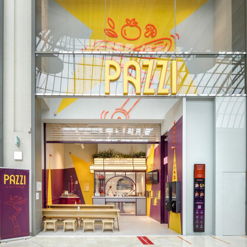 Label Experience : devanture extérieure du restaurant Pazzi au centre commercial Val d'Europe