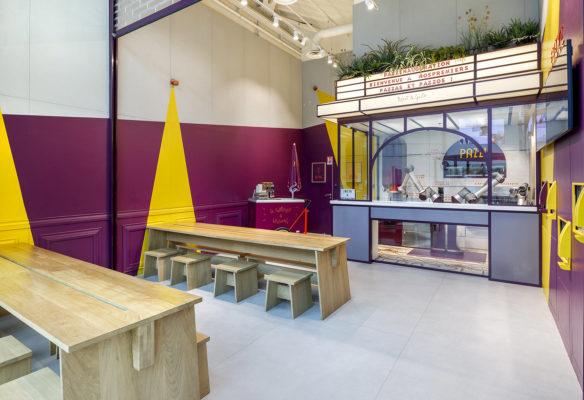 Label Experience : Les tables à manger du restaurant Pazzi au centre commercial Val d'Europe