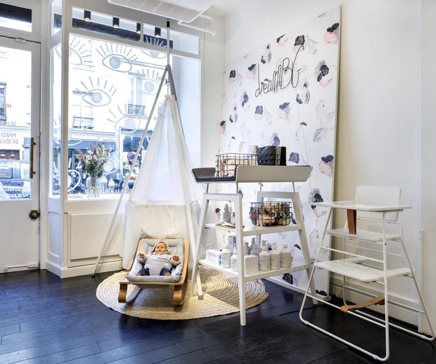 Label Experience : Espace de mis en scène dans la boutique Smallable baby store à Paris.
