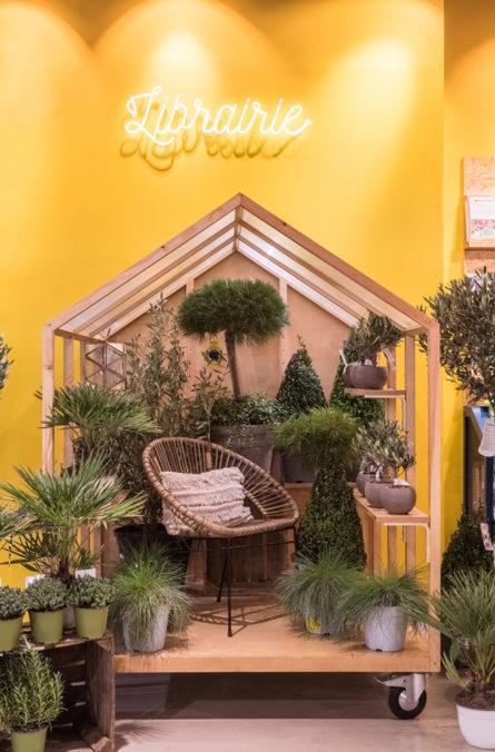 Label Experience: Focus sur cabane cocooning nommé la « librairie » de la boutique « Truffaut » à Boulogne.