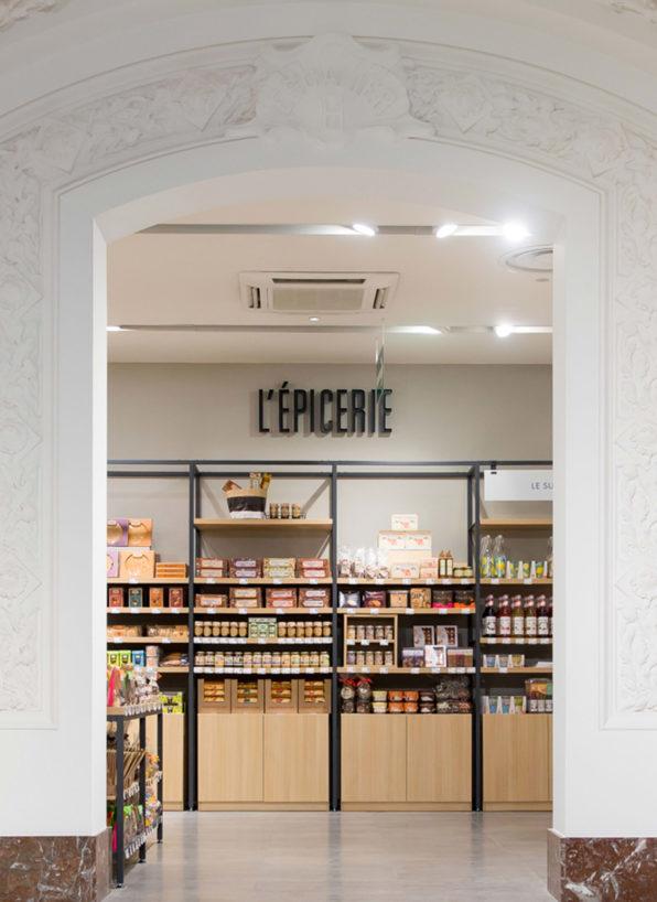Label Experience: Coin épicerie de la boutique « Truffaut » à Toulouse.
