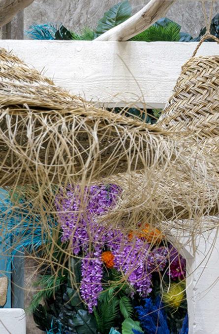 Label Experience: Focus sur abat jour en rotin décoiffé au corner éphémère de Vanessa Bruno Rio dans les Galeries de la Fayette.