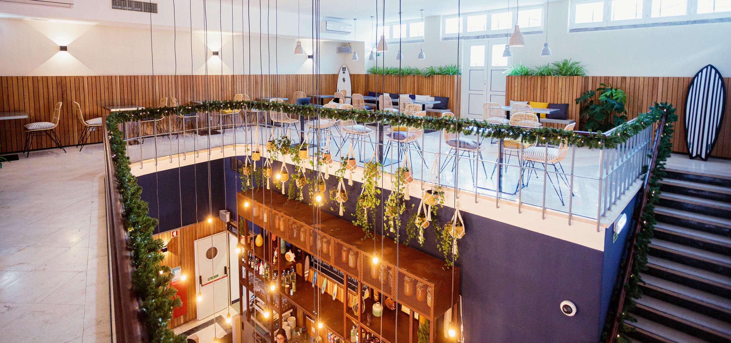 Label Experience : Vue du deuxième étage du tiers-lieu « The Wave Factory » à Lisbonne.