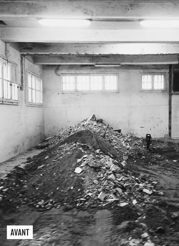 Label Experience: Image en noir et blanc du chantier avant la création du tiers-lieu « The Wave Factory » à Lisbonne.