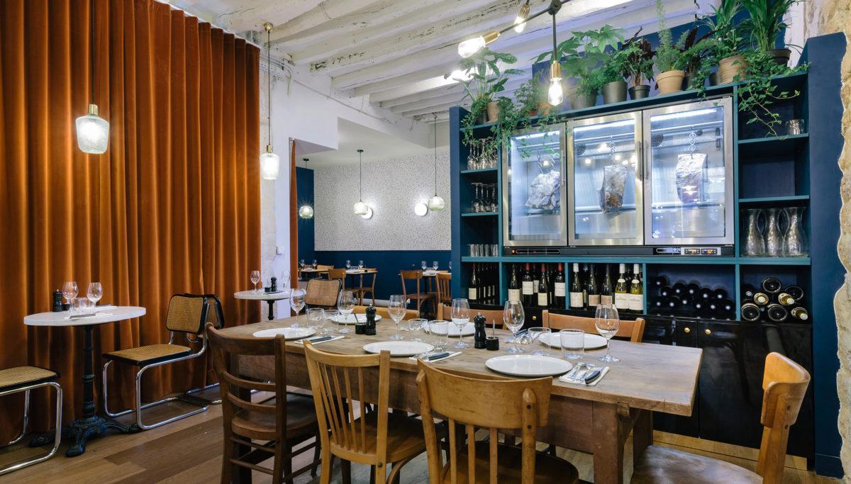 Label Experience : vue globale du restaurant-boucherie Bidoche à Paris dans le quartier d'Oberkampf