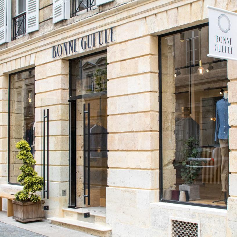 Label Experience: Devanture parisienne de la boutique « Bonne Gueule » à Bordeaux.