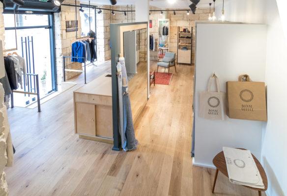 Label Experience: Pièce divisé par un miroir de la boutique « Bonne Gueule » à Bordeaux.