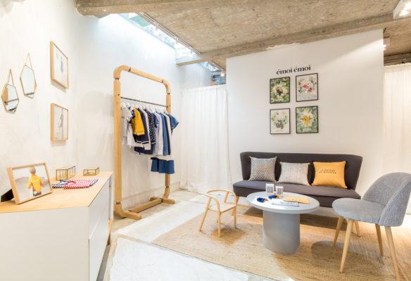 Label Experience: Coin détente, type dressing du pop-up store de émoi émoi à Paris, pour la fête des mères 2017.