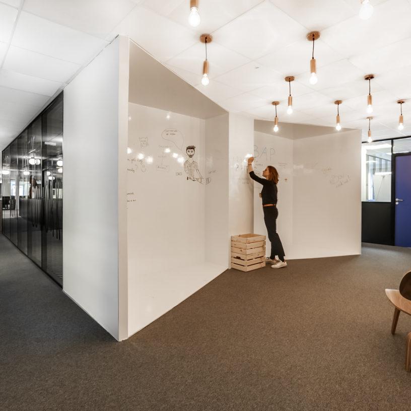 Label Experience : mur d'expression dans l'espace de coworking Morning à Neuilly