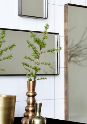 Label Experience : vase en cuivre provenant de notre offre de location Movable