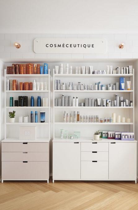 Label Experience : grandes étagères de produits cosmétique dans la boutique Oh My Cream à Lyon