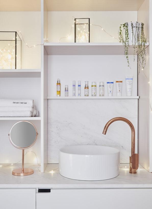 Label Experience: Espace lavabo de la boutique « Oh my cream ! » rue du Bac à Paris.