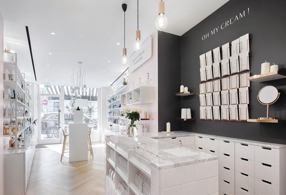 Label Experience : caisse dans l'espace vente de la boutique Oh My Cream rue Legendre à Paris