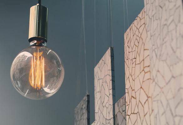 Label Experience : zoom sur les matériaux qui composent la vitrine Pyrenex à Paris