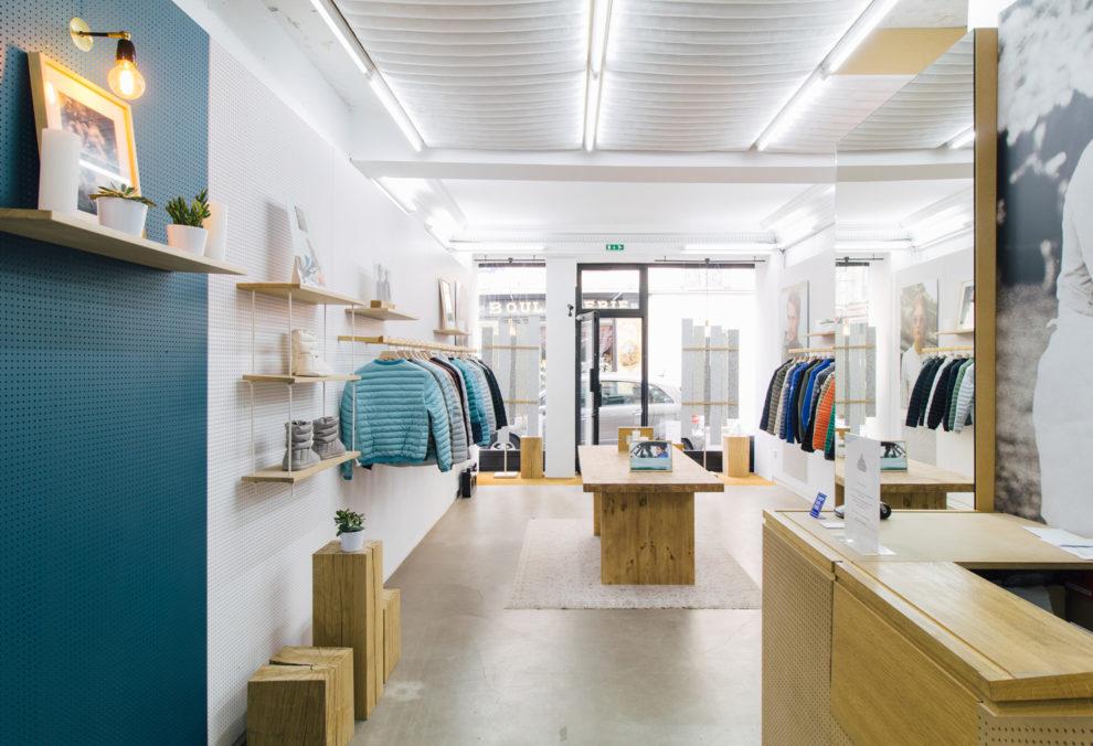 Label Experience : intérieur de la boutique Pyrenex à Paris