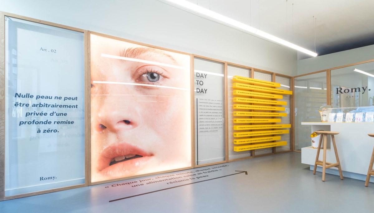 Label Experience: Point de vue panoramique du pop-up store « Romy » à Paris.