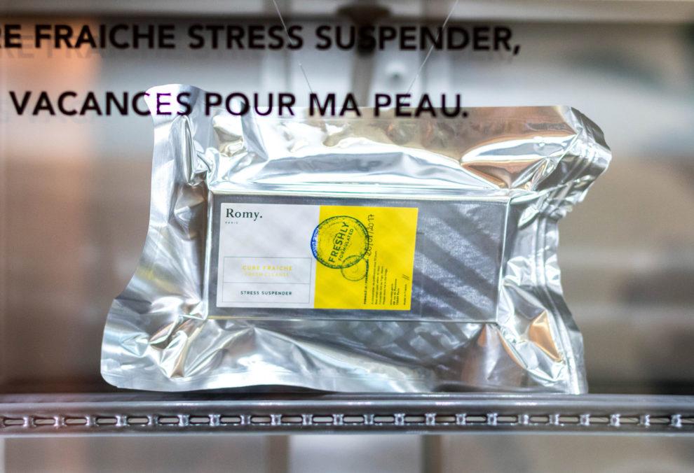 Label Experience: Capsule en aluminium certifié « freshly » du pop-up store « Romy » à Paris.