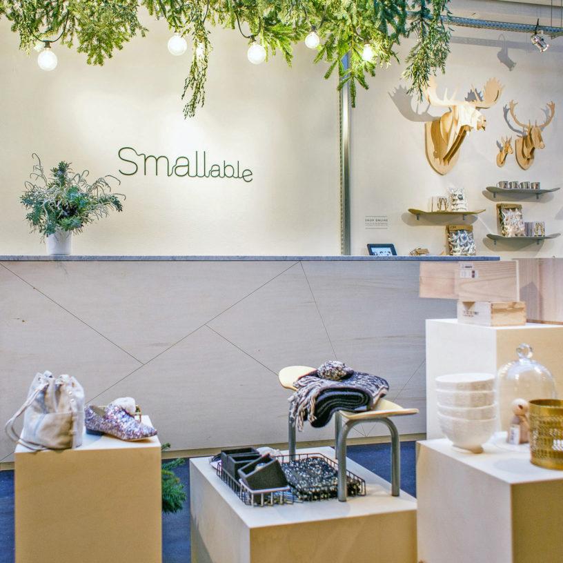 Label Experience : focus sur les caisses dans l'espace vente de la boutique Smallable à Paris
