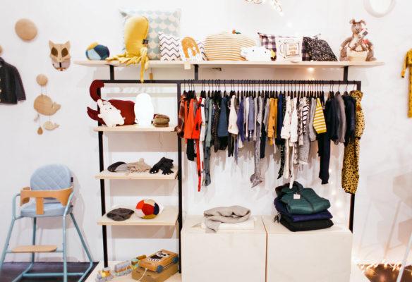 Label Experience : habits en vente dans l'espace bébé de la boutique Smallable à Paris