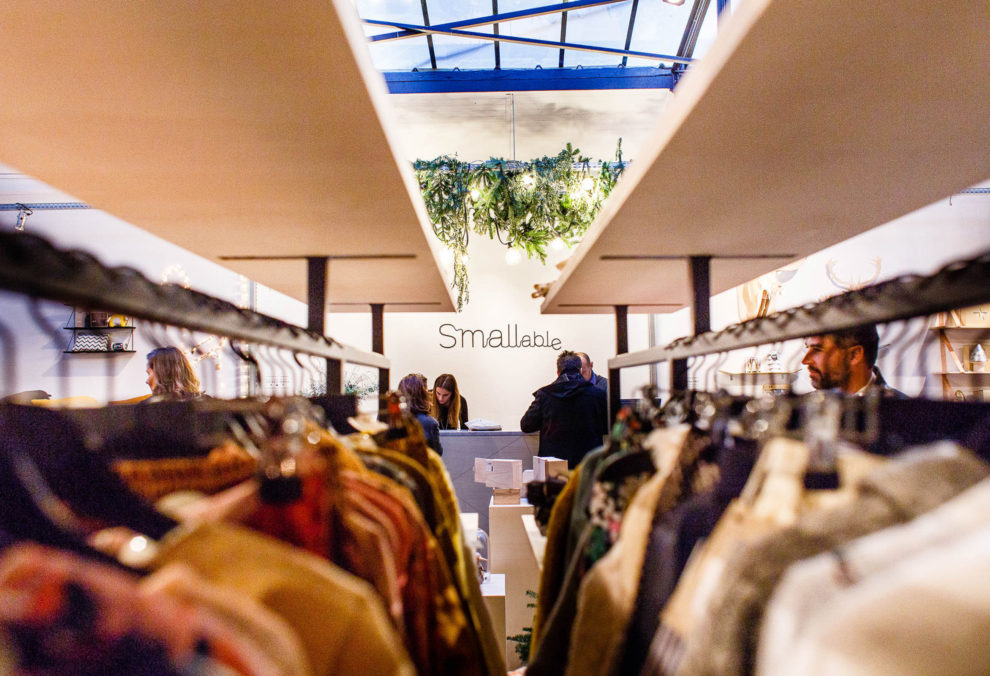 Label Experience : focus sur les portants à vêtements dans la boutique Smallable à Paris