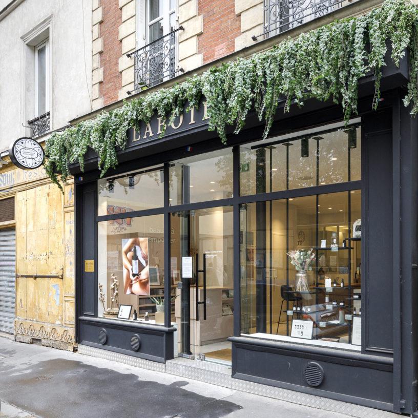 Label Experience : devanture de la boutique Laboté à Paris