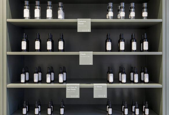 Label Experience : linéaire produit de la boutique Laboté à Paris