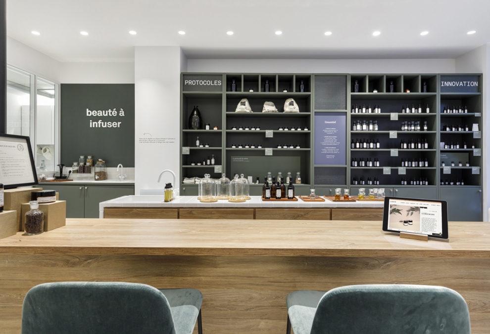 Label Experience : mobilier en bois de la boutique Laboté à Paris