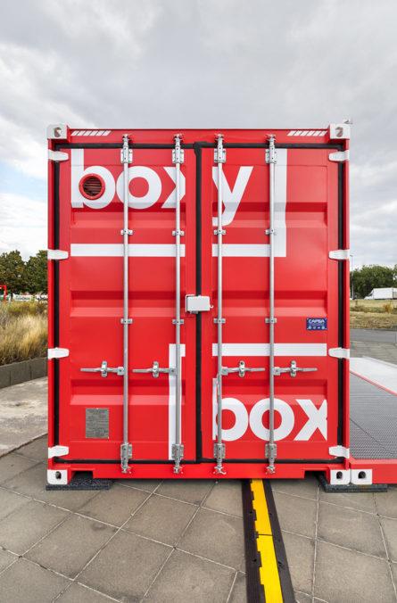 Label Experience : facade latérale de la boutique Boxy by Storelift