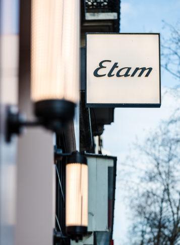 Enseigne de la boutique Etam par Label Experience